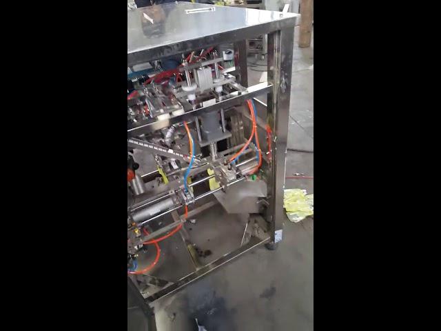500 ml mehukastiketta seisomaan pussin pussit Doypack täyttö- ja rajauskone