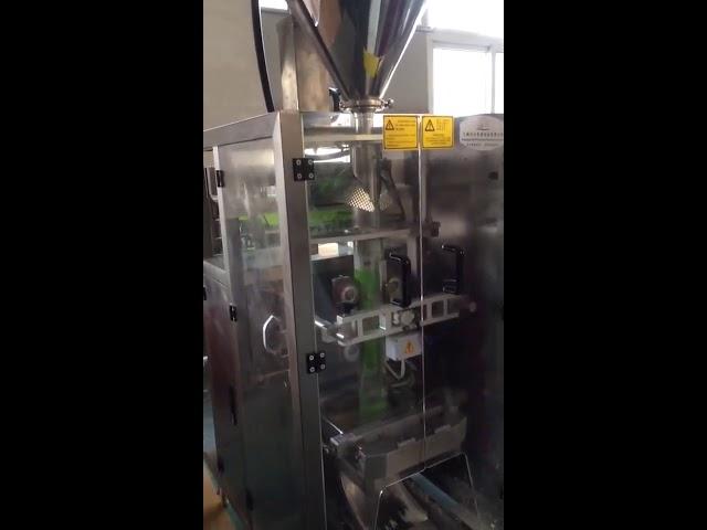 Auger filler machine Maitojauhe pientä pystysuoraa täyteainetta