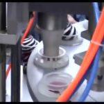 Puoliautomaattinen mini-pyörivä jäätelökuppi täyttö- ja tiivistyskone